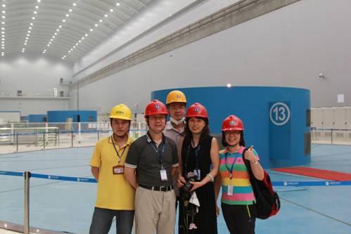溪洛渡右岸地下厂房调试现场-H9000系统与溪洛渡水电站首台机组同步